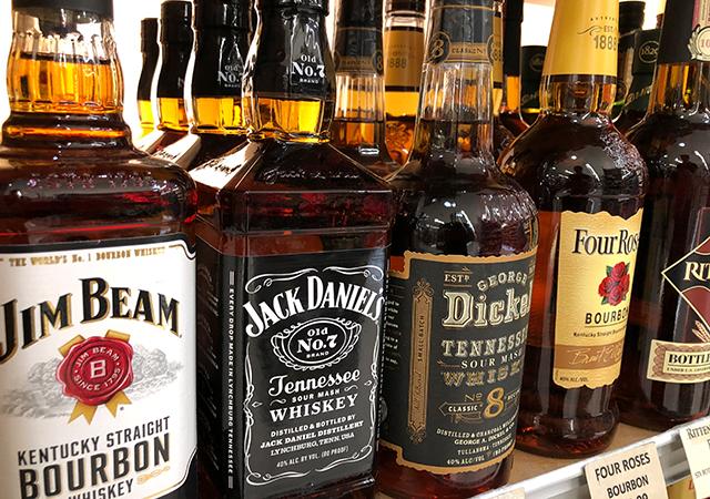 WhiskeyBottles640 - Modafinil và rượu bia có dùng với nhau được không?