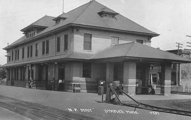 he train depot in Staples, Minnesota in 1929.