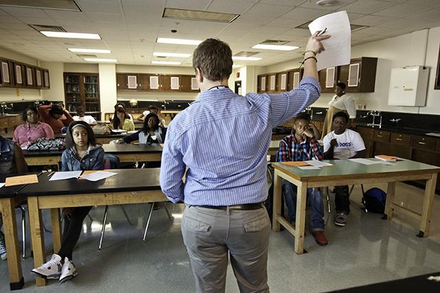 hear teacher tenure challenge - 640×427