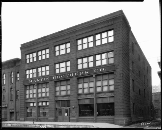 A 1927 photo showing the Lerner Building