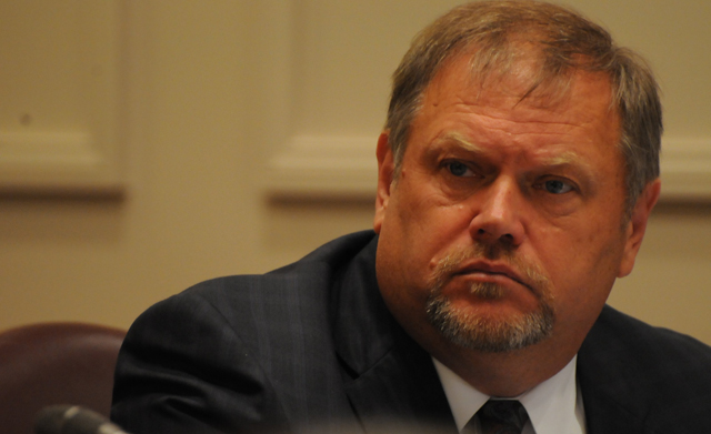 Senate Minority Leader Tom Bakk suggested Republicans set up a legal defense fund for the Brodkorb legal bills at a Senate Rules Committee Meeting on Wednesday.