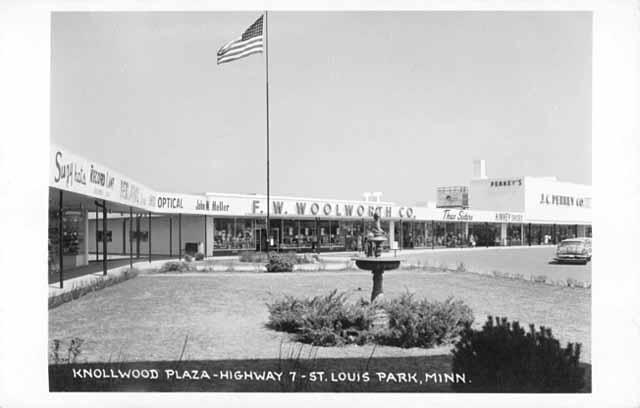 Knollwood Plaza