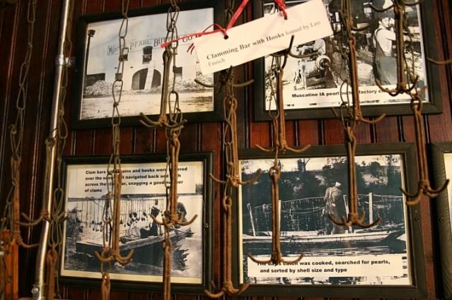 clamming bar hooks