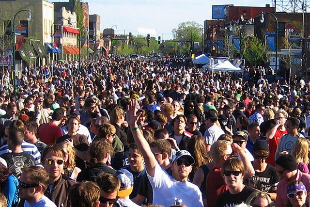Lyn-Lake Street Festival